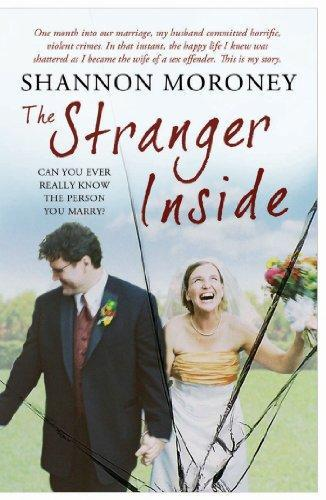 "Book cover of ""The stranger inside"" by Shannon Moroney"